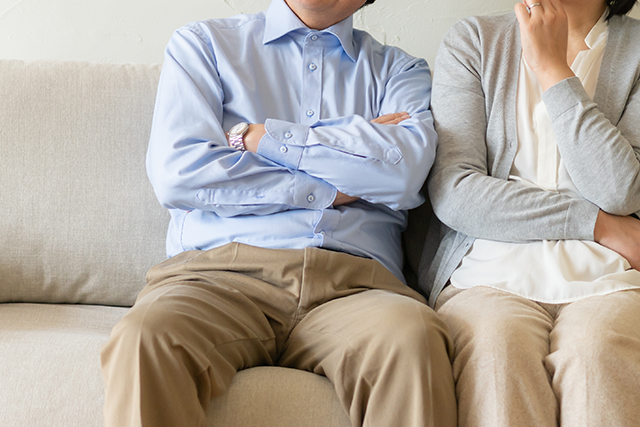 家族信託と成年後見、遺言との比較